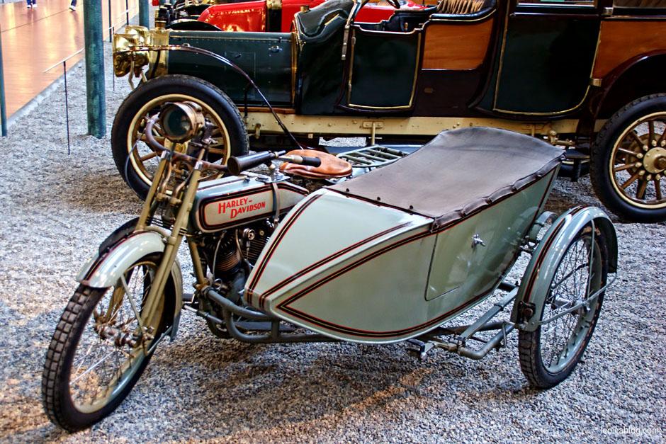 muzeum motoryzacji w mulhouse francja miasto aut leo lea. Black Bedroom Furniture Sets. Home Design Ideas