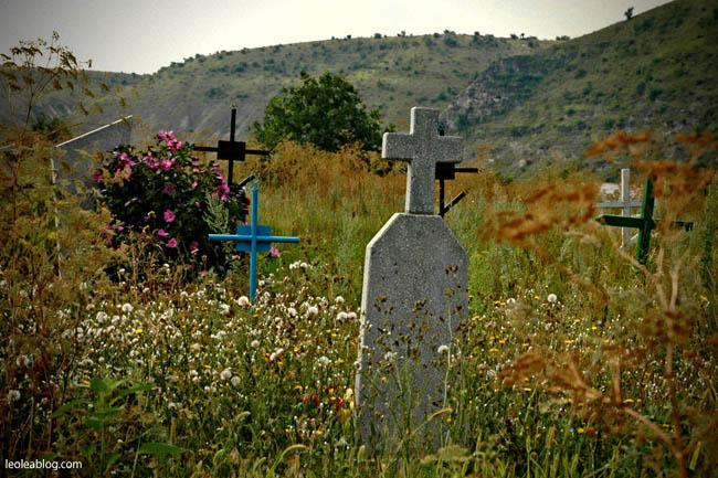 moldova mołdawia Orheiul Vechi OrheiulVechi klasztor easteurope east europe orgiejów staryorgiejów cmentarz