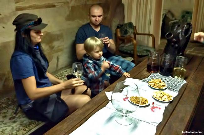 Wino Mołdawia Moldova MilestiMici Winiarnia Podziemia Butelki Eu Europe Degustacja