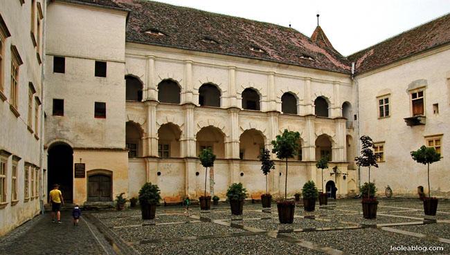 Rumunia Romania Eu Europe Easteurope widok journey travel travellers adventure wyprawa wyjazd podróżnicy castle twierdza twierdzafagaras fagaras