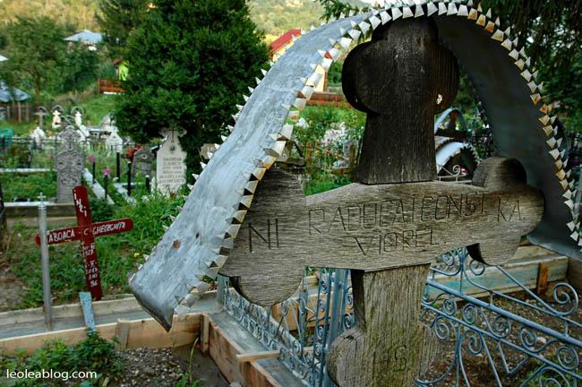 Rumunia Romania Eu Europe Easteurope widok journey travel travellers adventurewyprawa wyjazd podróżnicy cmentarz
