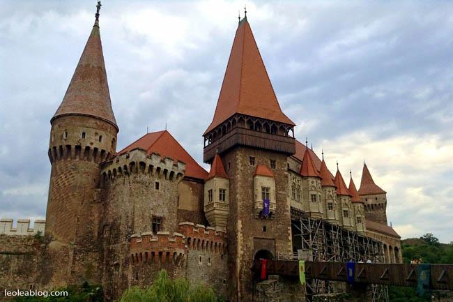 Rumunia Romania Eu Europe Easteurope widok journey travel travellers adventure wyprawa wyjazd podróżnicy hunedoaracastle zamekhunedoara hunedoara