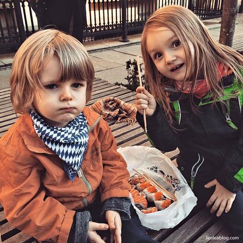 Dzieci Children Sushi Rynek Wrocław Wroclove Kids Child Dziecimogąsushi dzieciisushi polskiedziecijedząsushi przerwawpodróży