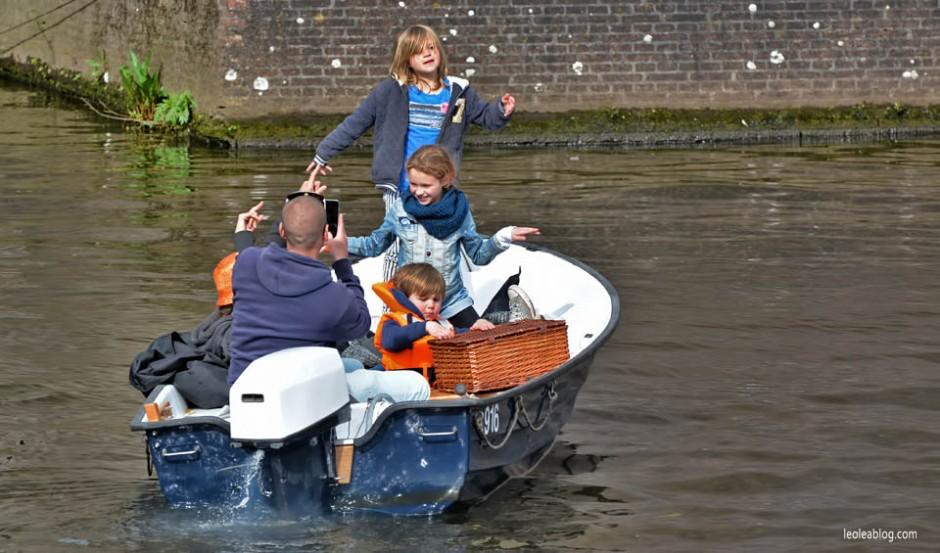 Breda Holland Holandia celebration canalbreda Swietokrola Koningsdag Swietonarodowe Oranje