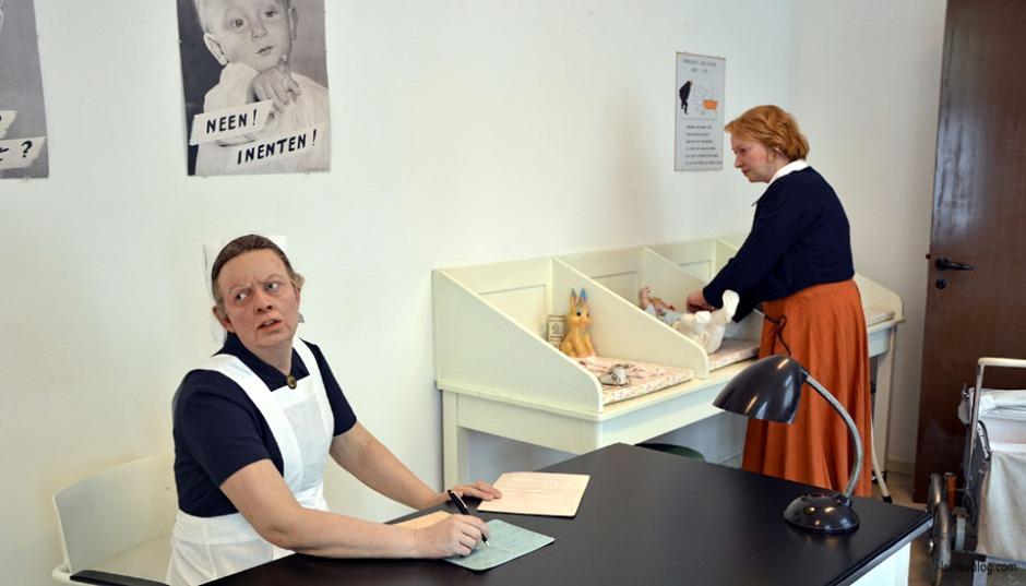 OpenluchtMuseum Holland Dutch Arnhem Holandia Netherlands Openairmuseum muzeum muzeumnaotwartympowietrzu skansen holenderskiskansen syrena mills młyn wiatrak wiatraki holdenderskiewiatraki holandiawpigułce warsztaty szpital figuryzwosku figurywoskowe inahospital