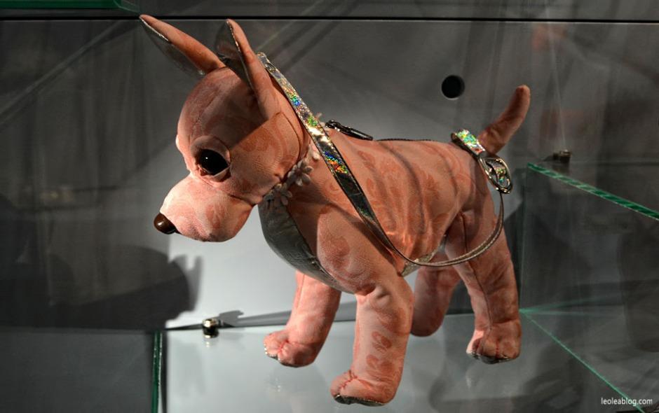 Amsterdam Holandia Holland Muzeum Museum Museumofbagsandpurses Torebka Torebki Muzeumtorebek dog pies doggybag