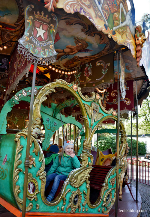 park rozrywki holandia efteling dladzieci bajkowy fantasy attractiepark amusement fun dutch holland karuzela