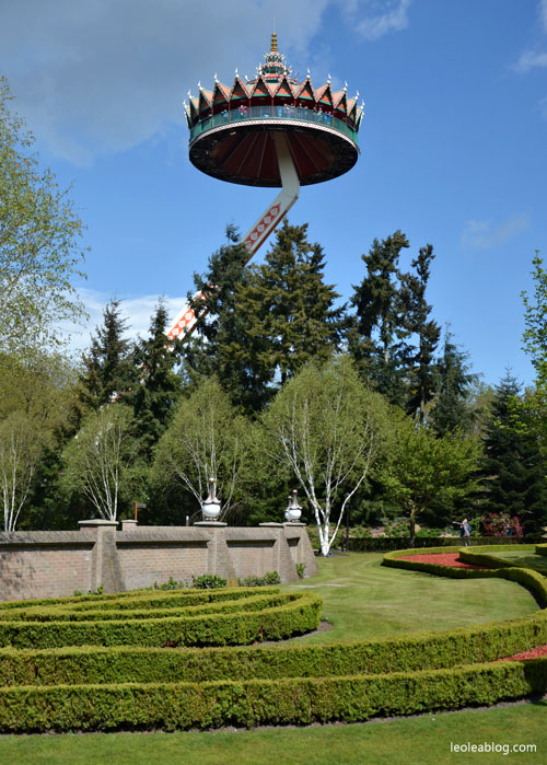 pagoda tower wieża park rozrywki holandia efteling dladzieci bajkowy fantasy attractiepark amusement fun