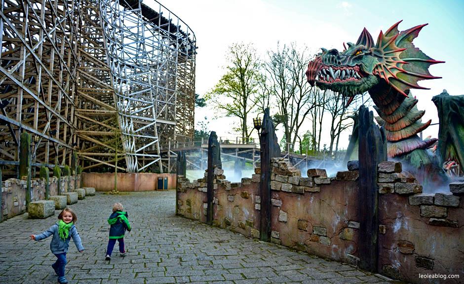rollercoaster park rozrywki holandia efteling dladzieci bajkowy fantasy attractiepark amusement fun dutch holland