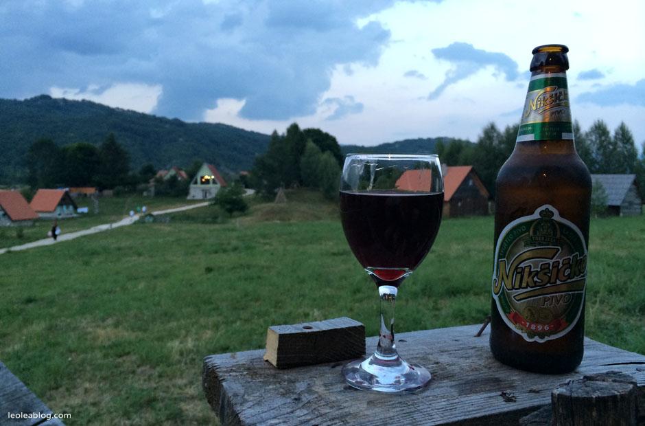 etnoselo etnoselomontenegro montenegro eu europe bałkany balcans journey holiday travel traveller traveler childrenplayground playground wioska czarnogóra wine wino czerwonewino niksicko podróż podróże piwo browar pivo beer
