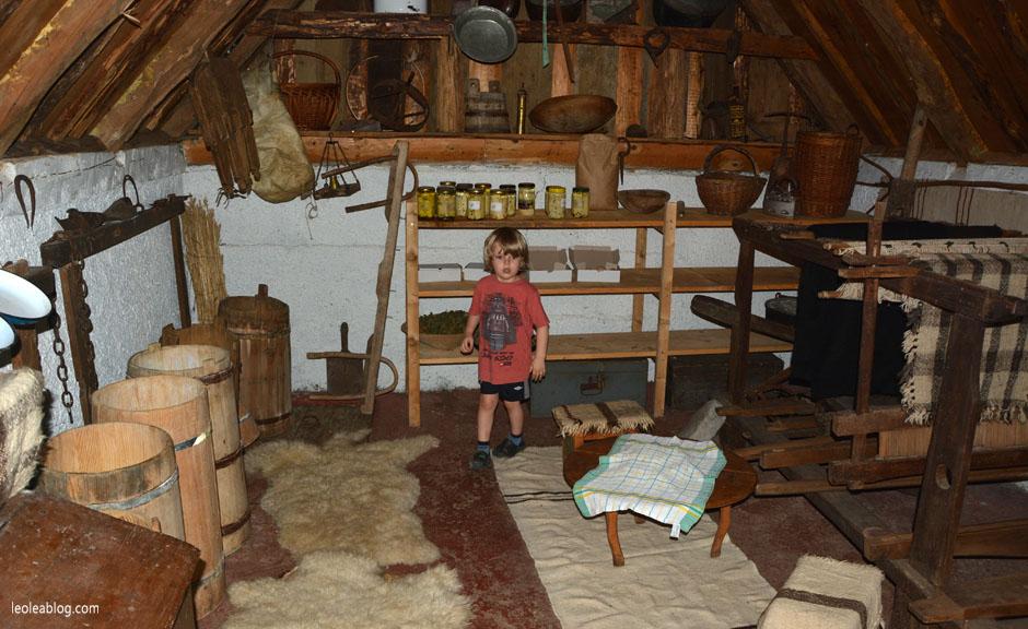 etnoselo etnoselomontenegro montenegro eu europe bałkany balcans journey holiday travel traveller traveler childrenplayground playground wioska czarnogóra podróż podróże podróżezdziećmi son syn child children