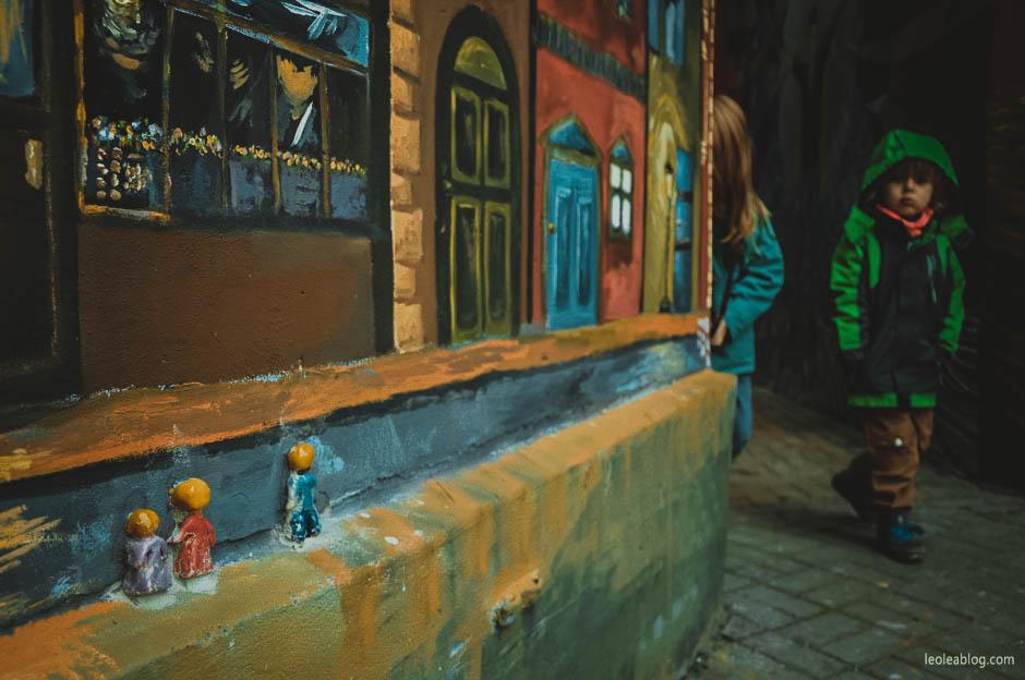 wrocław wroclove dolnyśląsk wrocławskieulice ulica wrocławskaulica roosveltastreet mural urban urbanart art streetart wallpaint polska poland polishart kids dzieci