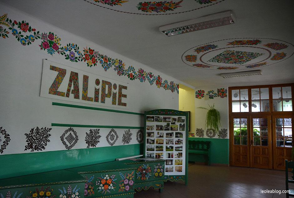 zalipie village wieś polska poland rural travel podróż zdzieckiem folklor malowane chaty muzeum museum